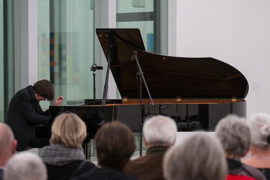 Concert: Tomas Dratva - Im Taumel des Komponierens - Klaviermusik des Expressionismus